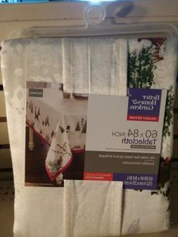 Better Homes & Gardens Heritage Table Cloth Holiday Edition