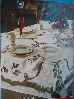 """LENOX Holiday Nouveau 60"""" by 84"""" Oblong Table Cloth Seats 6-"""