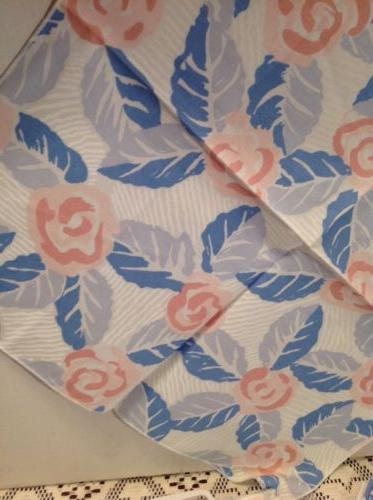 """Vintage Cotton 44"""" Table Topper 5 Cloth Tablecloth"""