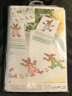 "Table Cloth Easter Holiday 33"" x 33""  Bunnies Vintage C"